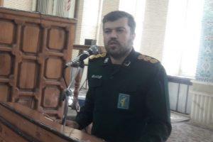 دفاع مقدس دانشگاه انسان سازی و لیله القدر انقلاب اسلامی است